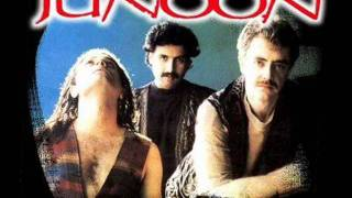 Junoon - Main Kaun Hoon!!? - A Revolutionary Rock Anthem! (HQ)