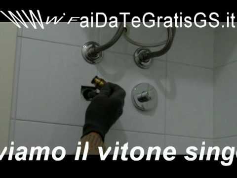 Come cambiare la valvola di un rubinetto d 39 arresto incassato vob youtube - Cambiare rubinetto bagno ...