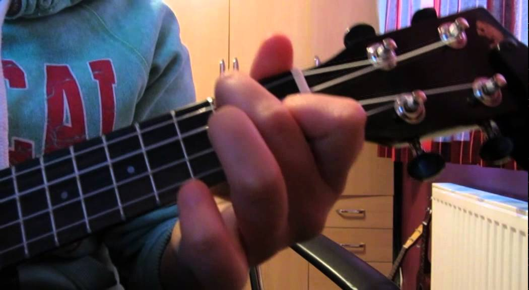 The One that got away KATY PERRY Ukulele Tutorial - YouTube