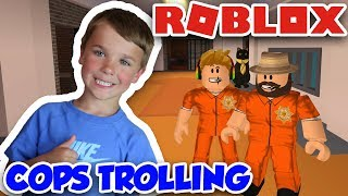 COPS TROLLING DRESSED UP AS PRISONERS in ROBLOX JAILBREAK