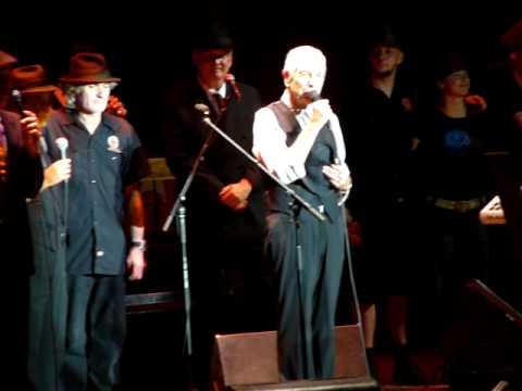 Leonard Cohen: Il y a longtemps...  Colmar, August 16 2009