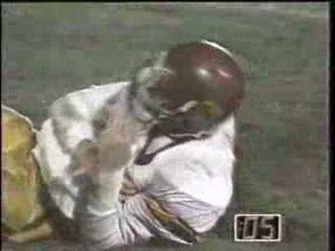 ND vs. USC 1989 Kowalkowski gets Marinovich