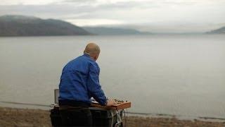 Sprutbass: Så slowdancer vi på Mjøsa (English subtitles)