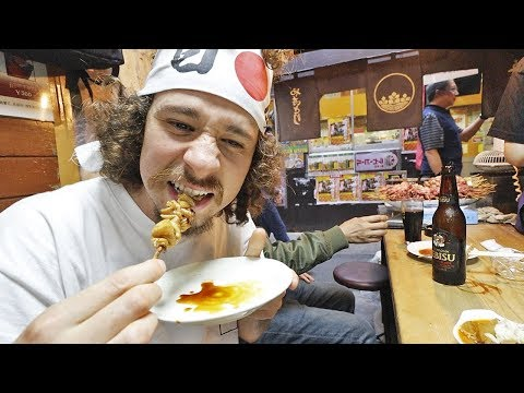 Trying street food in JAPAN! 🇯🇵