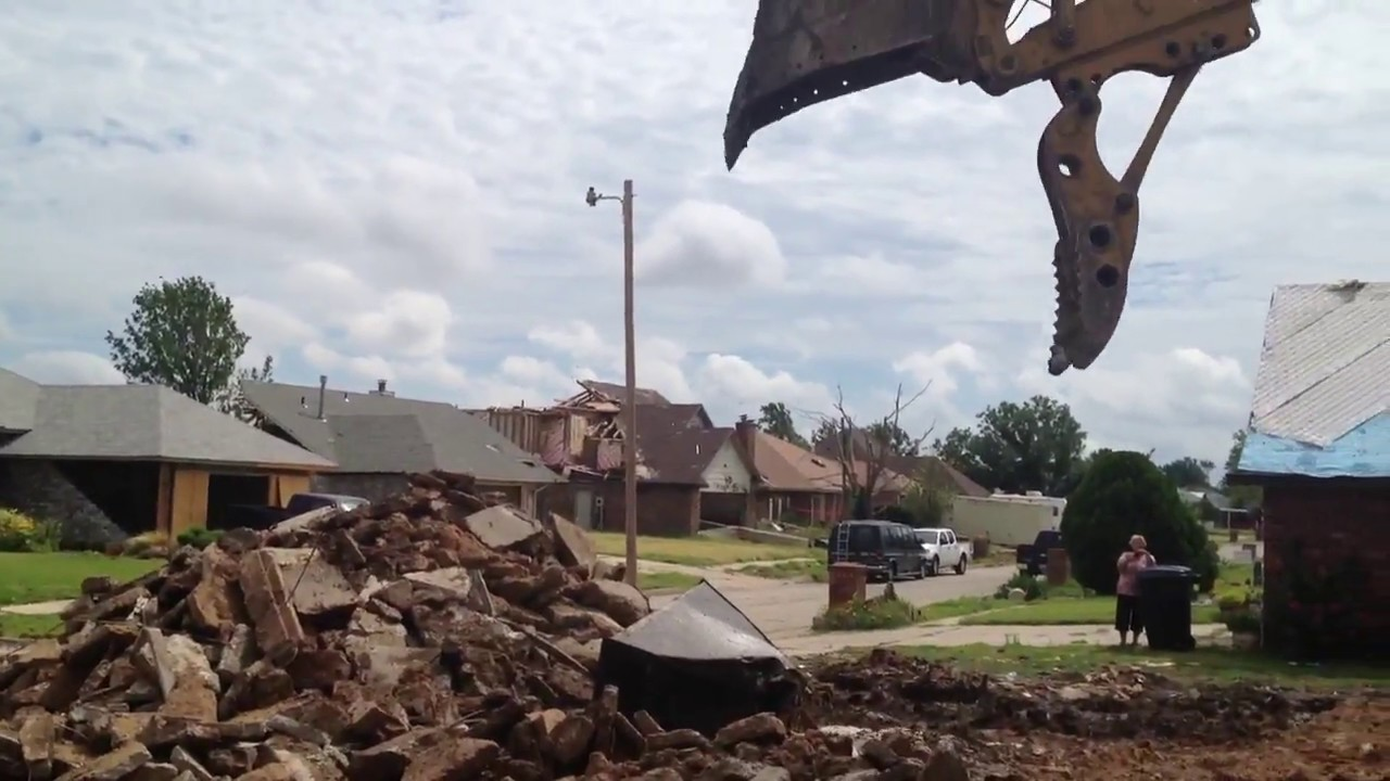 Man Survives Moore, OK Tornado Part 2