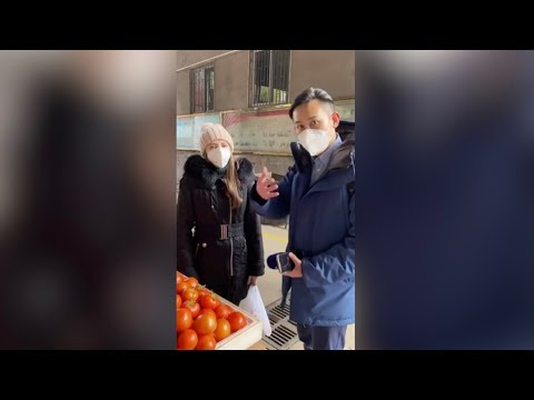 CGTN reporter interviews Russian student at Wuhan City