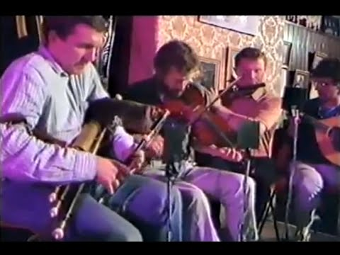 Irish Music in The Good Mixer Pub London c1985