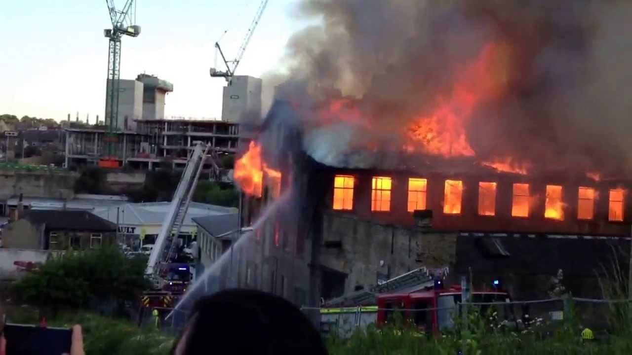Bradford city fire 7 Jun 2013 3 - YouTube