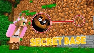 HOW TO SNEAK INTO FREDDY FAZBEARS SECRET BASE! | Minecraft Little Kelly
