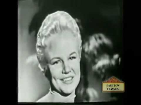 Peggy Lee - I feel the song commin' on