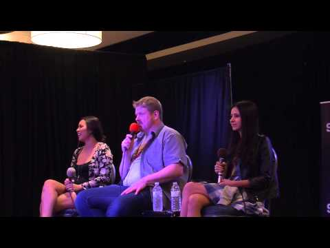 ADVENTURE TIME Q&A Panel w/ John DiMaggio, Olivia Olson and Jessica Dicicco