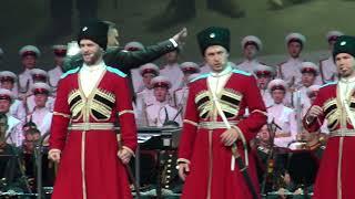 «Когда мы были на войне» в исполнении солистов и оркестра Московского военно-музыкального училища