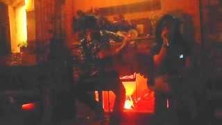 Con có mẹ rồi - Guitar cover by Thạch Quý + Ngọc My