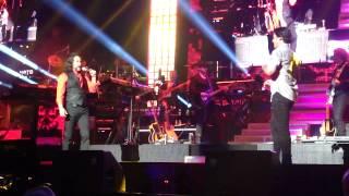 Chayanne feat. Marco Antonio Solis - Un Siglo Sin Ti - Live@IZOD Center 8.10.12.MP4