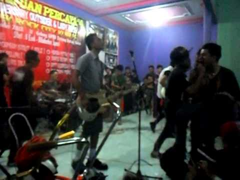 Hero Was Die - Citra O.D (Superman Is Dead Cover) Live at Kudus (2012)
