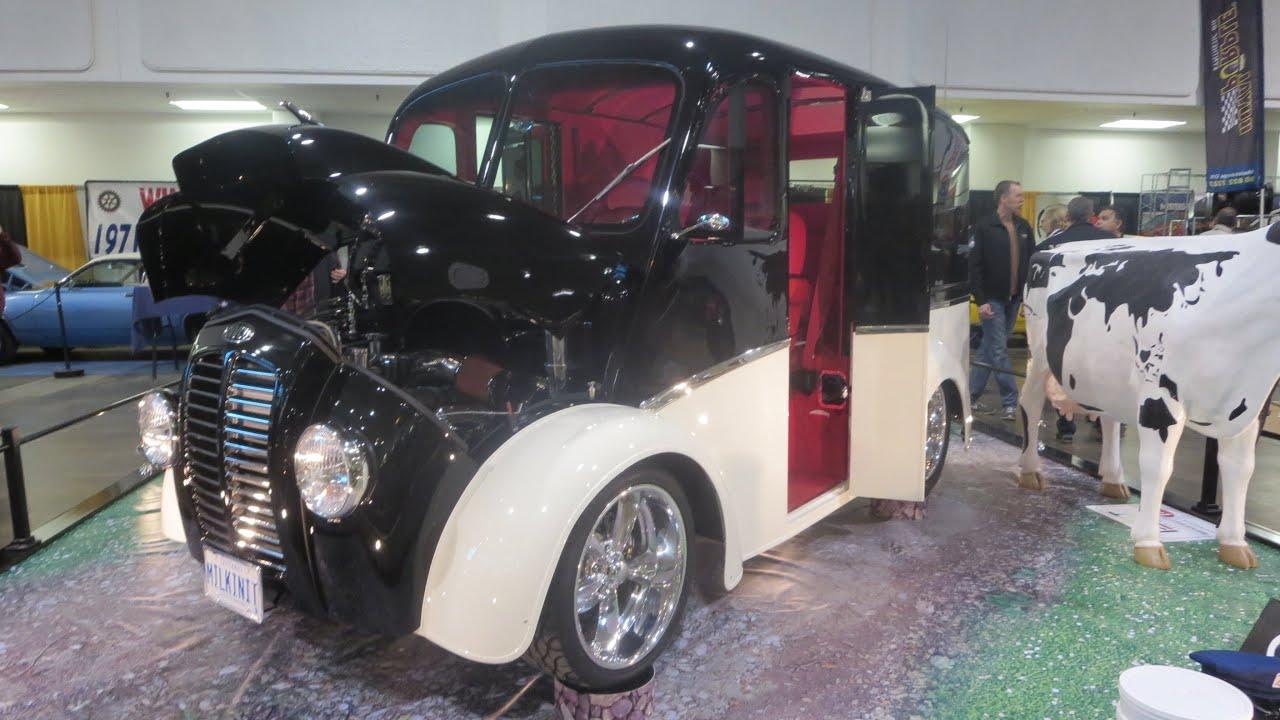 1956 DIVCO Milkinit At 2014 MegaSpeed Car Show