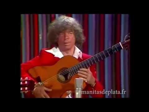Manitas de Plata playing beautiful rumba with his band, Ole!