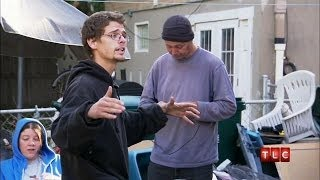Fighting With The Neighbors | Hoarding: Buried Alive