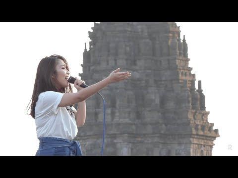Hivi! - Pelangi @ Prambanan Jazz 2017 [HD]