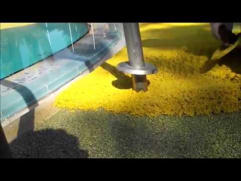 Piscine lagon plage en gomme caoutchouc repeatvid for Construction piscine geomembrane