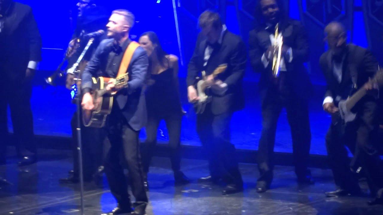 Justin Timberlake - Drink You Away - live Sheffield 30 march 2014 - HD