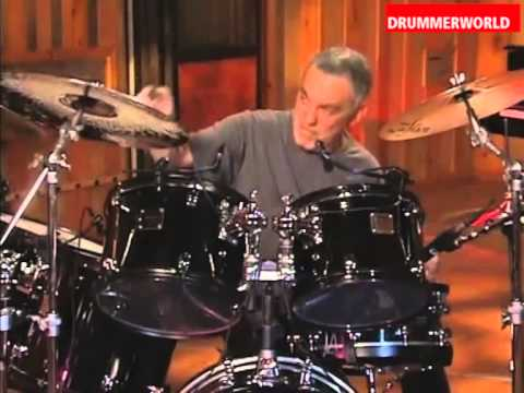 STEVE GADD demonstrates a Deep Pocket Groove