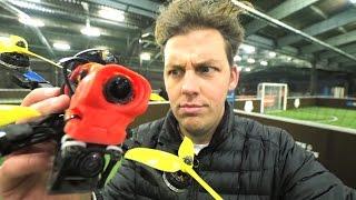 Gambar cover Ce drone vole à 118 km/h !