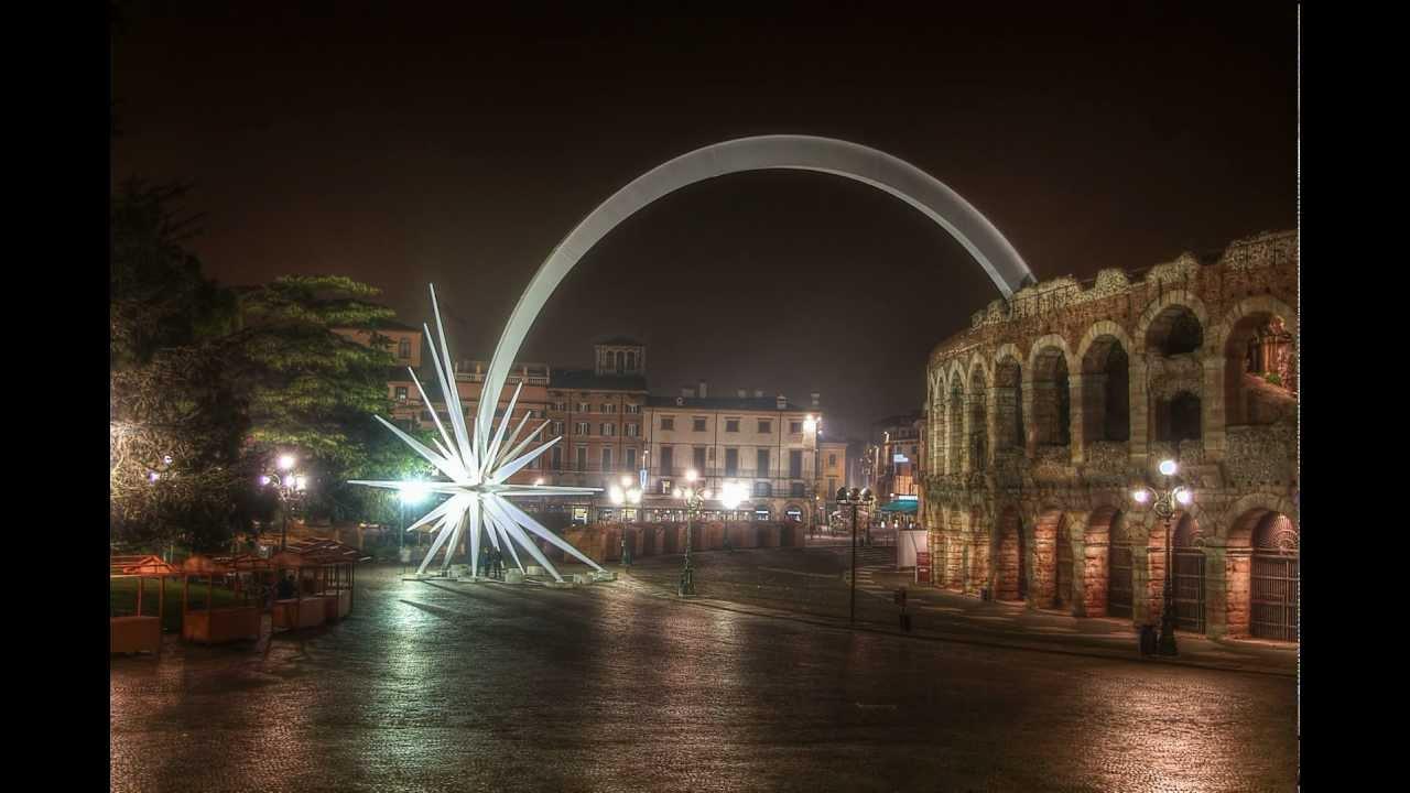 Verona Stella Di Natale.Time Lapse Arena Di Verona Con Stella Di Natale Hdr Piazza
