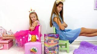 Nastya와 Stacy는 장난감과 놀라움에 대해 논쟁합니다