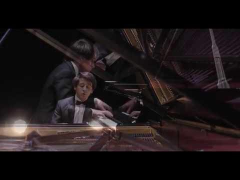 Vitaly Pisarenko plays Rachmaninov Melodie op. Posth (1887)