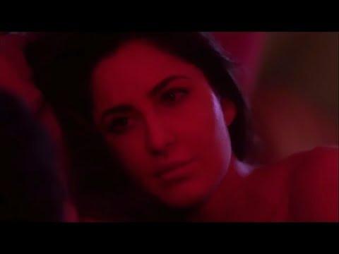 Katrina kaif hot kisses scene [HD] #katrinakaifhot#katrinakaifkiss thumbnail