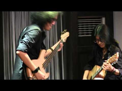 Endah N Rhesa - Living with Pirates @ Mostly Jazz 17/05/12 [HD]