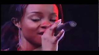 Sugababes - Shape & Breathe Easy (Rock Werchter 2004)