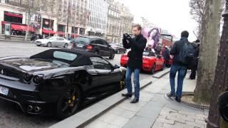 Plein de marques de voitures de luxes