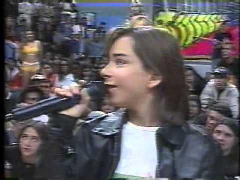 LIVE de Sandy e Junior faz Dilsinho remarcar a sua - Fofoca Aí (20/04/20)из YouTube · Длительность: 57 мин5 с