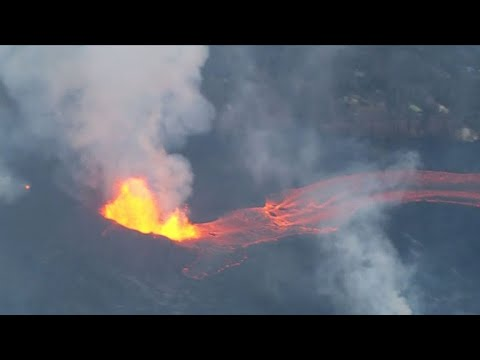 Residents surrounded by lava on Hawaii's Big Island