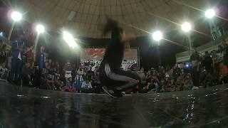 Jessy (Inglorios) Vs Toquinha (STS Kids) - Bgirl Battle - Arena Caieiras 2017