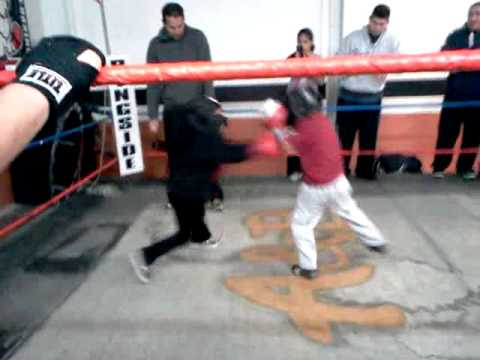 5year old girl boxing pt.1
