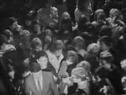 Gene Pitney Sings I'm Gonna Be Strong