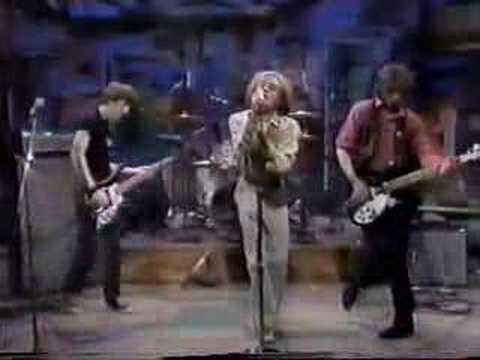 R.E.M. - So. Central Rain 10-06-83 (1st TV performance)