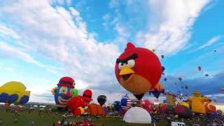 HIGH DEF Time Lapse of the Special Shapes Rodeo at the International Balloon Fiesta