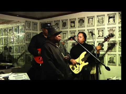 Artie 'Blues Boy' White's B-day  with Lil Scottie playing 'Hot Dog'
