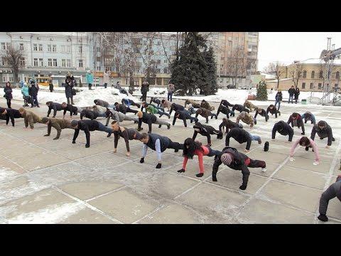 Учасники АТО, волонтери і прості житомиряни віджалися 22 рази на майдані Корольова