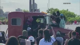 Interview with man who was on bridge as semi truck barreled through George Floyd protest on I-35W