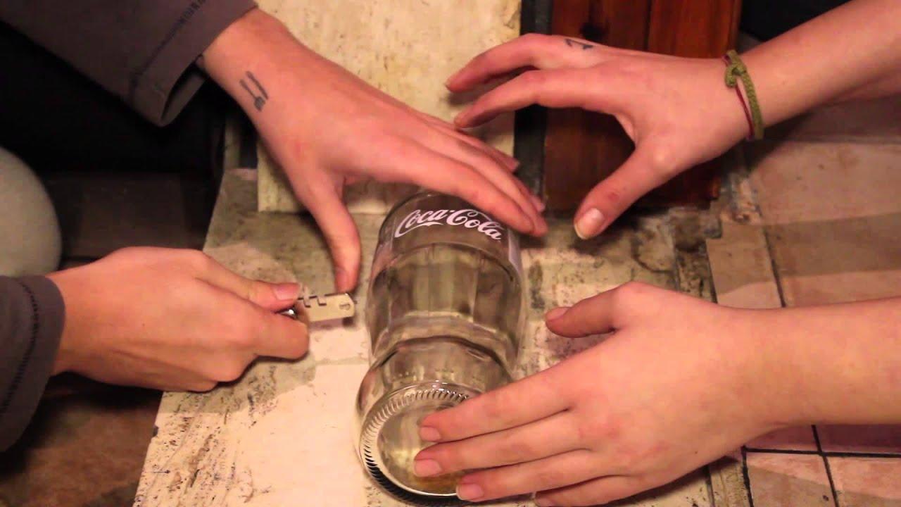Come Tagliare Il Vetro.Tutorial Come Tagliare Una Bottiglia Di Vetro Per Fare Un Bicchiere