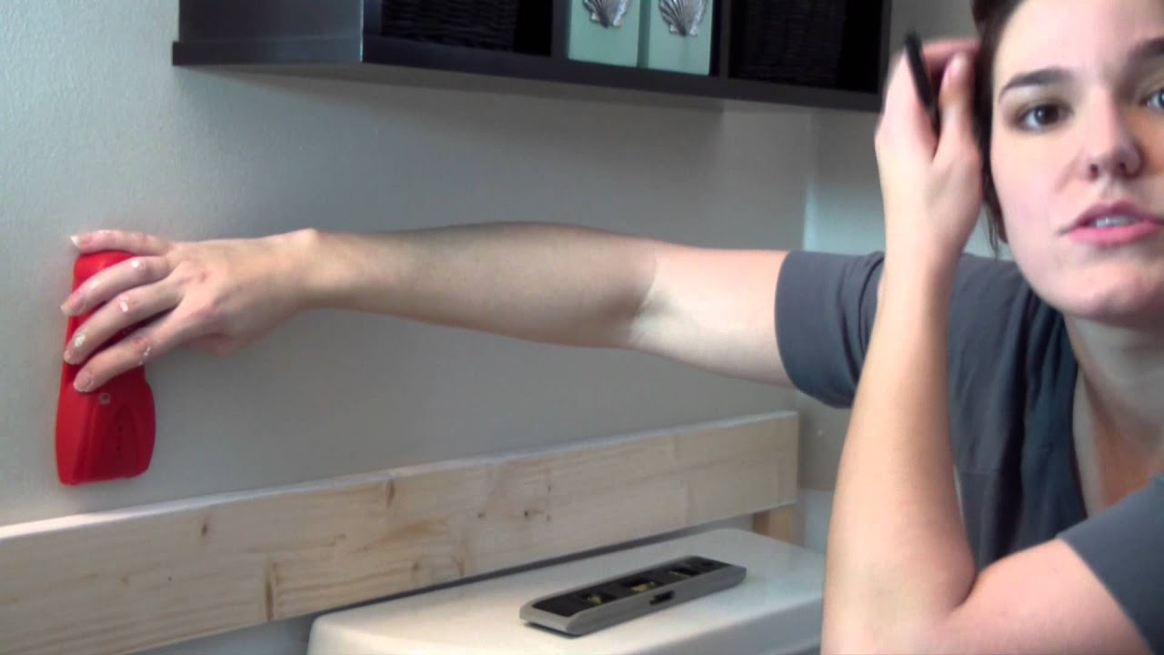 Diy easy batten board walls board and batten technique for Wallpaper mobile home walls