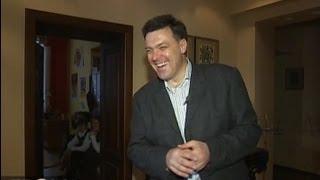 Олег Тягнибок будує с�...