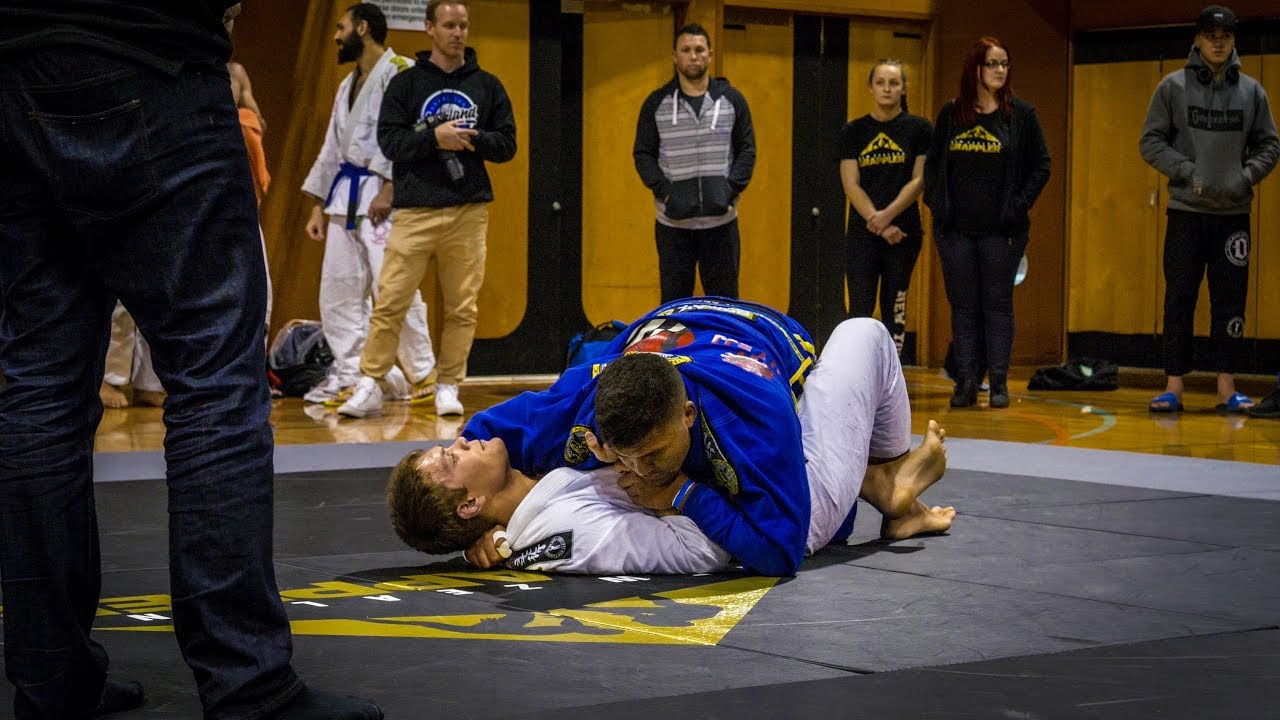 Viliami Ballard vs Henri Burns - FINAL - NZ BJJ Gi Nationals 2017