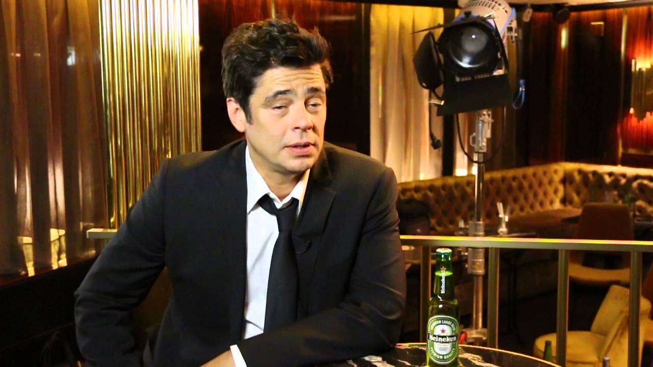 Benicio Del Toro Behind the Scenes of his new Heineken ...