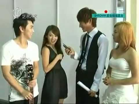 Zhoumi - SMtown Backstage Interview